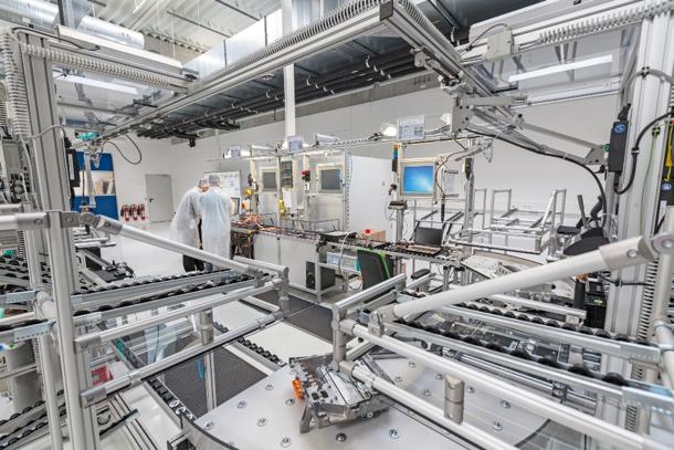 Das Produktions-Center für die Motoren der Hybrid- und Elektro-Autos/Production center for hybrid and electric vehicle motors