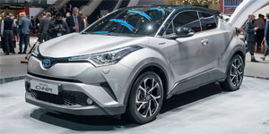 Toyota-C-HR-2016
