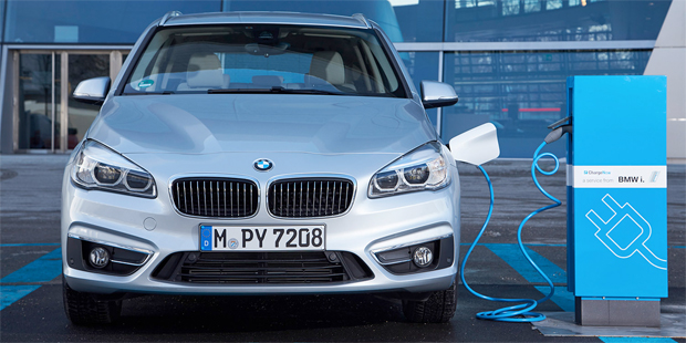 BMW-5series-PHEV-620