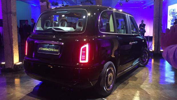 London-Taxi-Rear-640x350