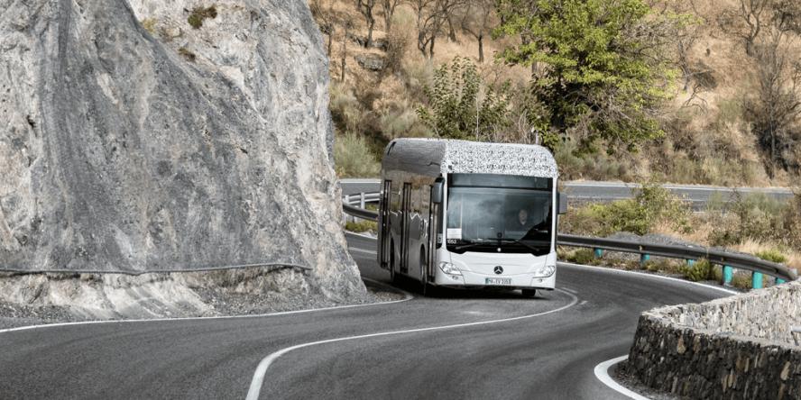 daimler-mercedes-benz-citaro-electric-bus-prototype-04