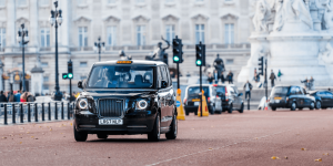 levc-electric-taxi-london-02