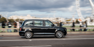 levc-electric-taxi-london-03