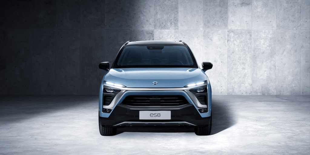 Nio Launches Ev With Battery Swap And Mobile Charging
