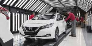 nissan-leaf-production-start-europe-05