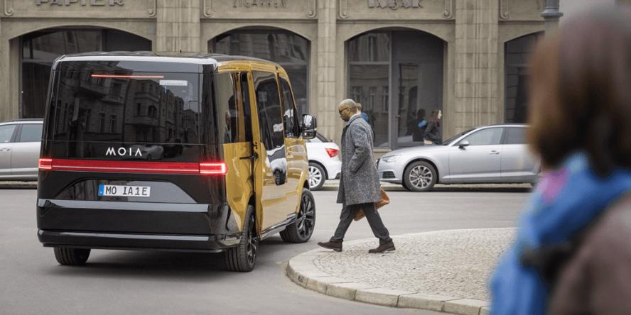 volkswagen-moia-ridesharing-car-2017-01