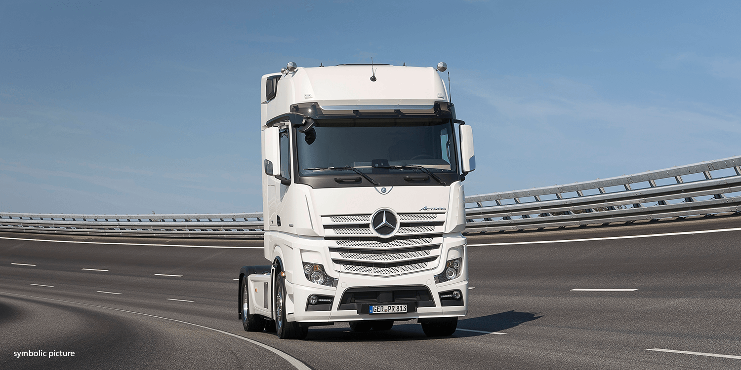 Daimler Actros Lkw Symbolic Picture
