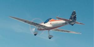 h55-aEro1-elektro-kunstflieger-demoflugzeug-aircraft