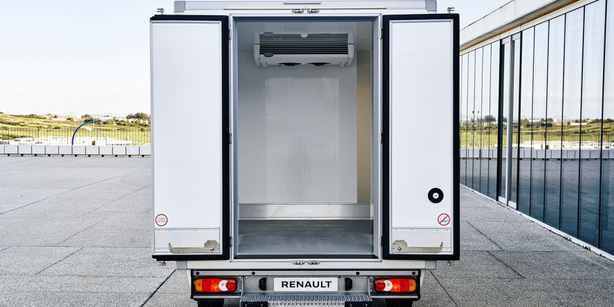 renault-master-ze-2018-01