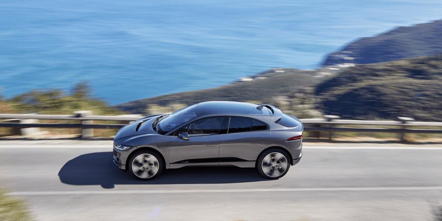 jaguar-i-pace-2018-elektroauto-electric-car-03