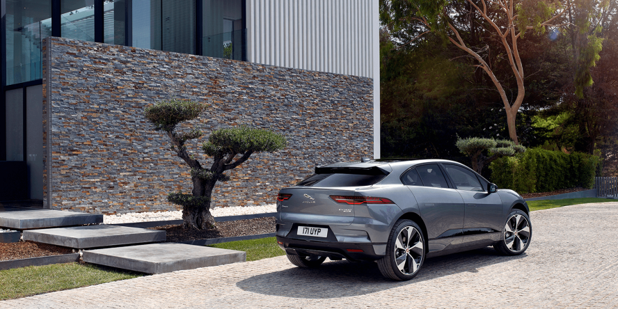 jaguar-i-pace-2018-elektroauto-electric-car-08