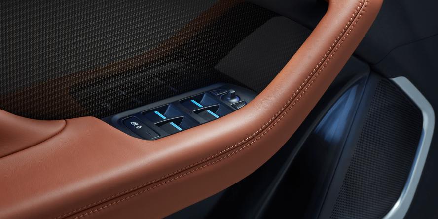 jaguar-i-pace-2018-elektroauto-electric-car-16