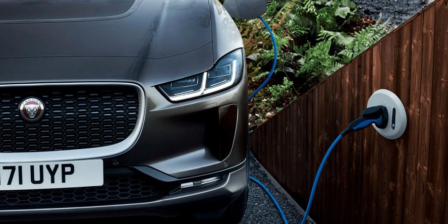 jaguar-i-pace-2018-elektroauto-electric-car-19