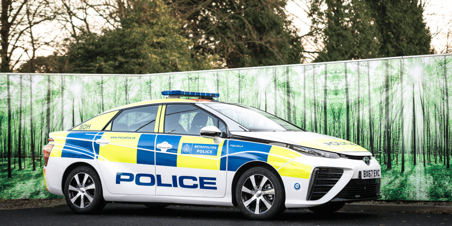 london-metropolitan-police-service-toyota-mirai-fuel-cell-brennstoffzelle-fcev-01