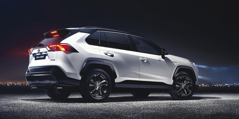 Toyota Rav4 Hybrid 2018 01