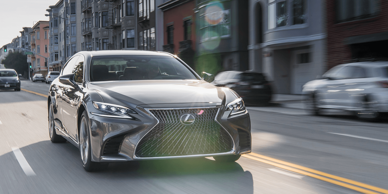 Toyotau0027s Premium Brand Lexus Is Making Some Noise For Its Conventional  Hybrid Technology But Rather Than Singing Its Praise Over Purely  Petrol Powered Cars, ...