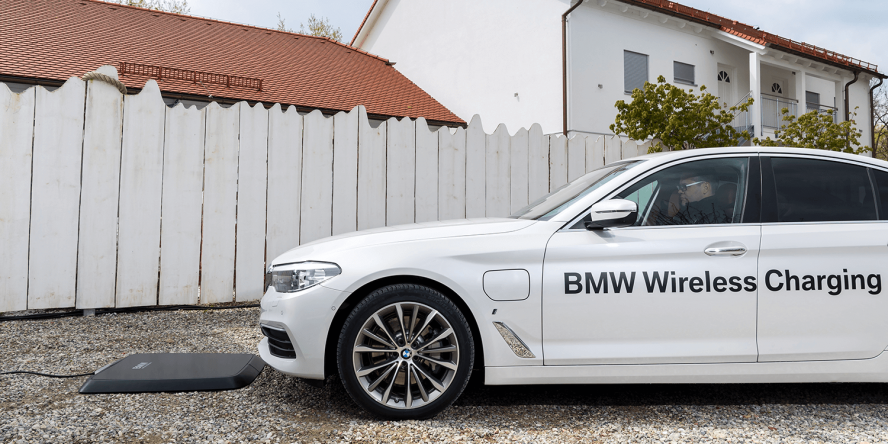 bmw-530e-iperformance-induktives-laden-03