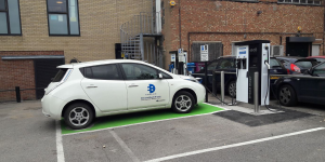 evolt-charging-station-ladestation-uk-01