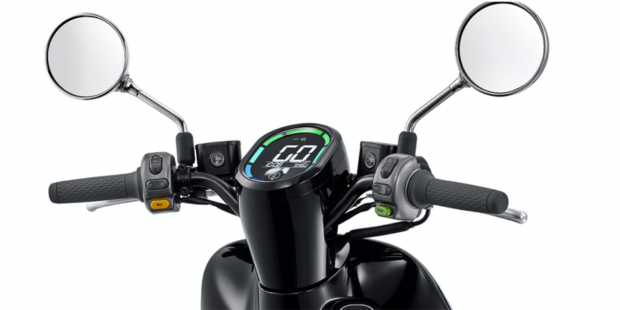 gogoro-2-delight-e-roller-e-scooter-04