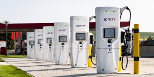ionity-brohltal-ost-charging-station-ladestation-tank-und-rast-02