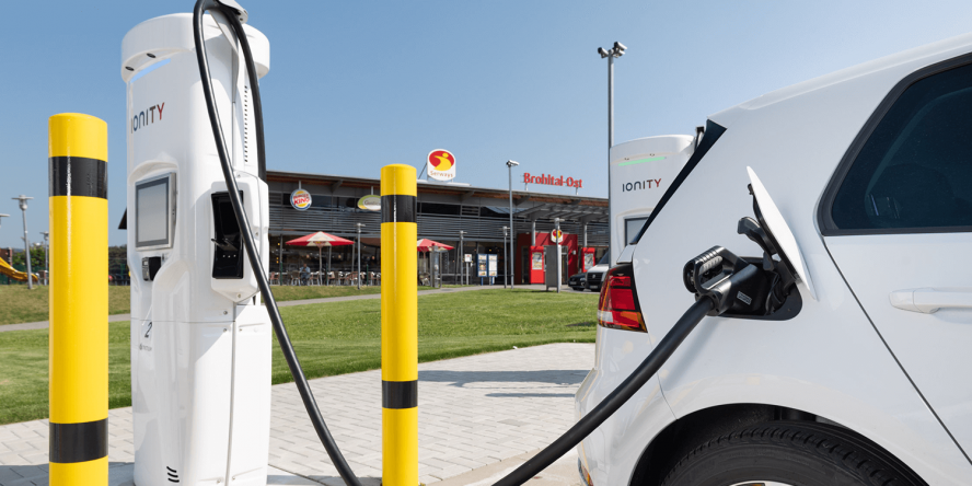 ionity-brohltal-ost-charging-station-ladestation-tank-und-rast-05