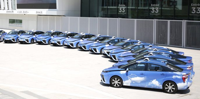 The Société Du Taxi Electrique Parisien Step In Paris Has Expanded Their Fuel Cell Vehicle Fleet With Another 25 Toyota Mirai To Total 100 Fcevs