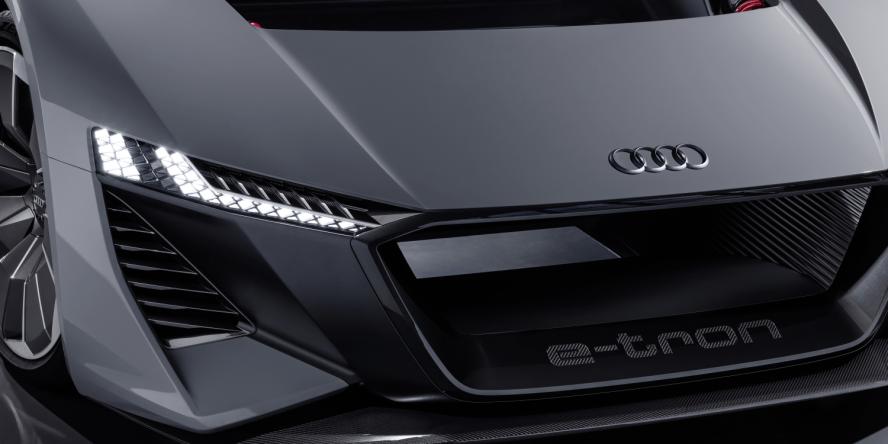 audi-pb18-e-tron-concept-car-2018-01-min