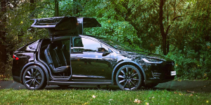 blacklane-green-class-tesla-model-x-