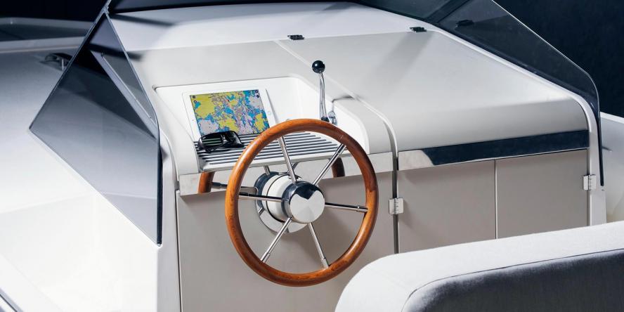 q-yachts-q30-02