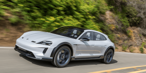 porsche-mission-e-cross-turismo-2018-05 (1)