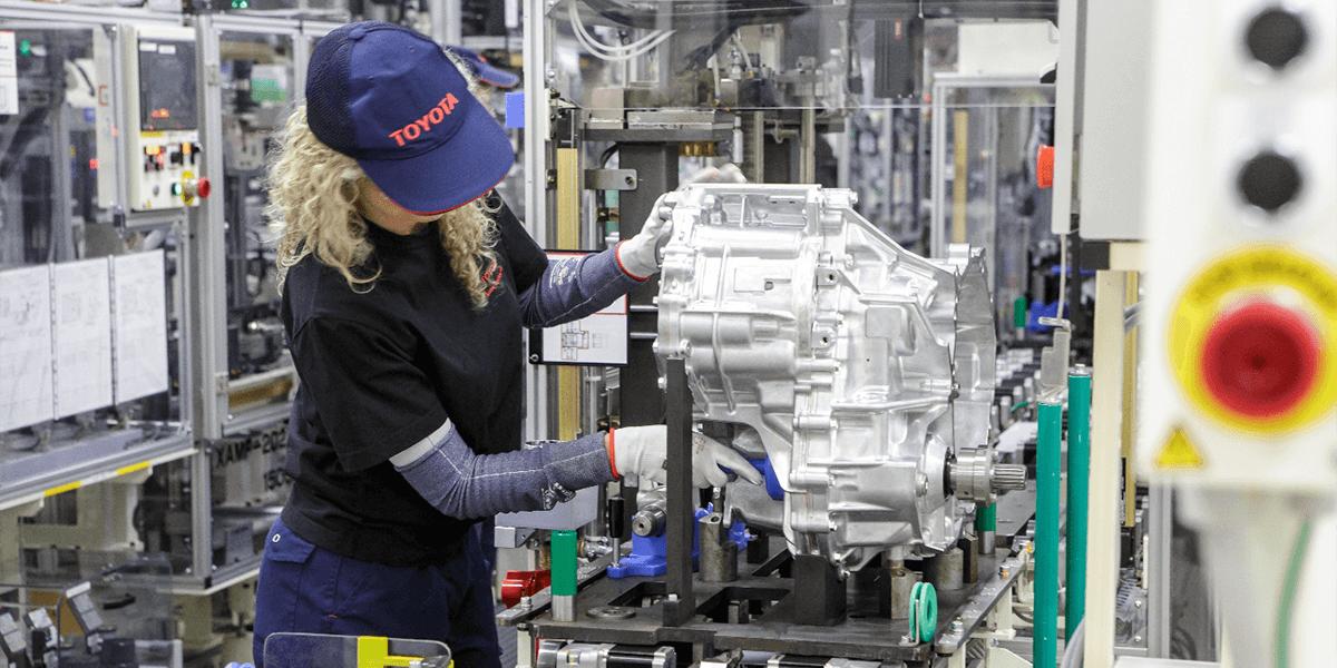 toyota-production-hybrid-drive-produktion-hybrid-antriebe