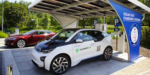 abb-engie-solar-fast-charging-station-schnellladestation