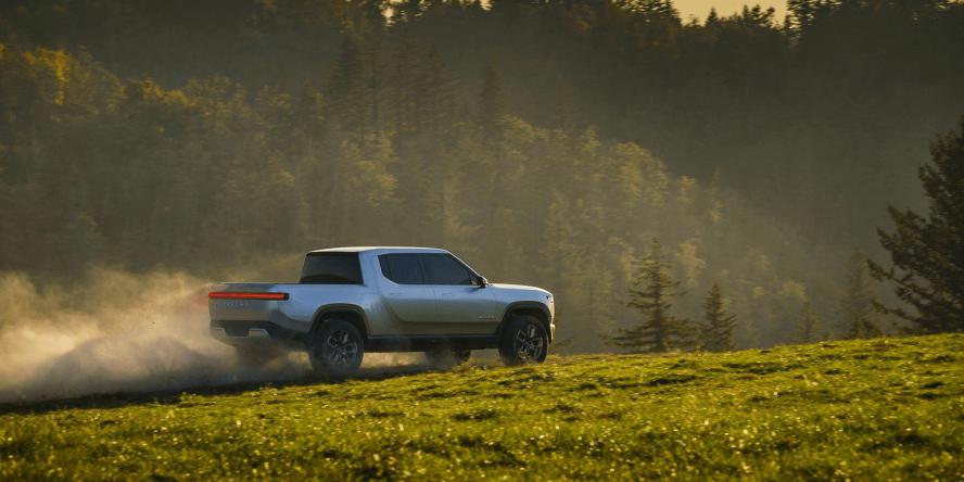 rivian-automotive-r1t-concept-2018-06 (1)