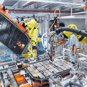 audi-e-tron-quattro-batteriemontage-battery-assembly (1)