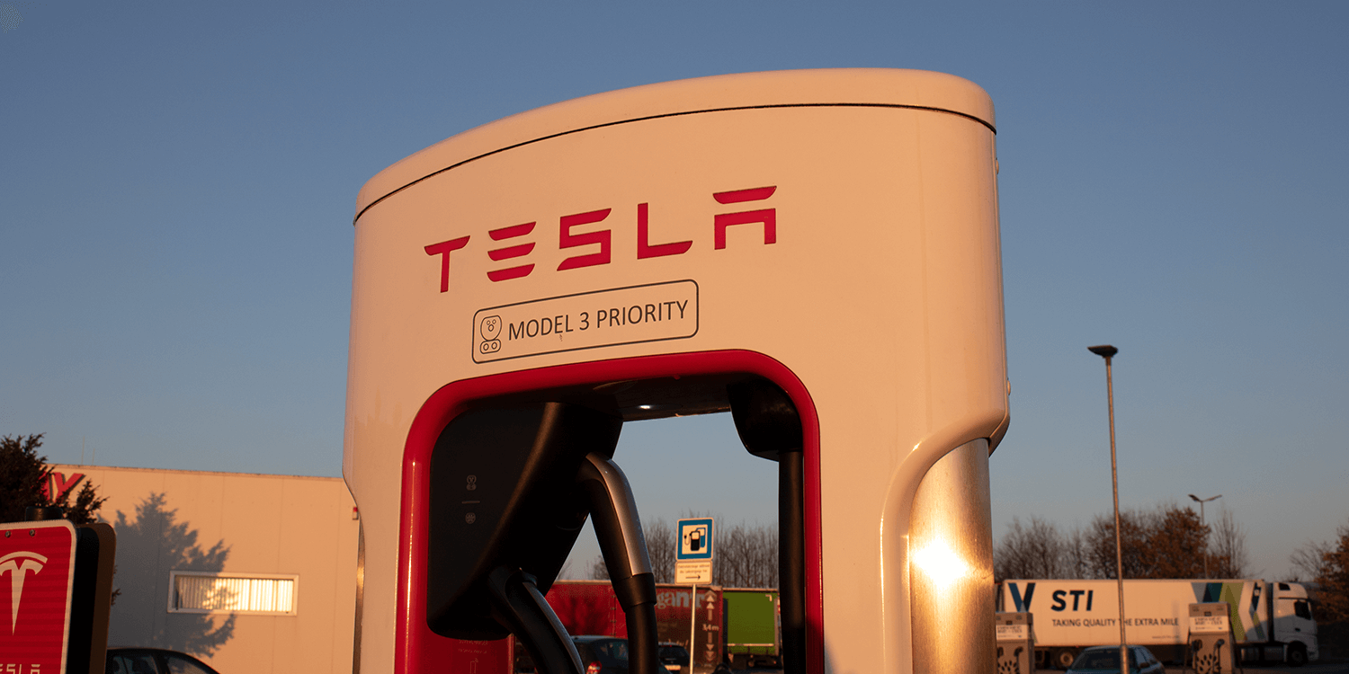 Tesla says new technology can recharge a auto  in 15 minutes