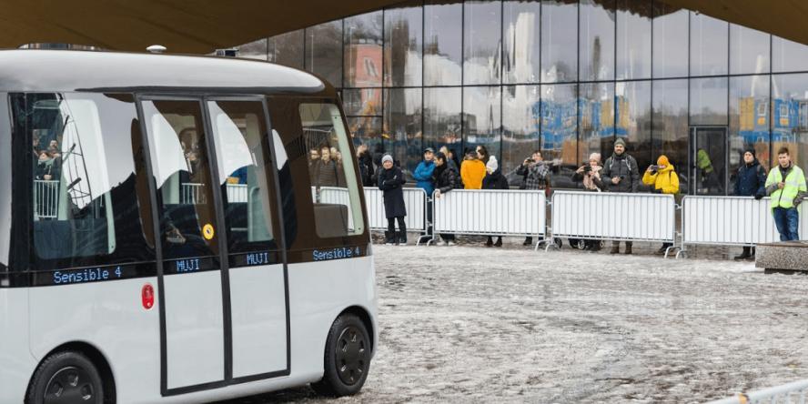 muji-sensible-4-gacha-electric-shuttle-e-shuttle-schweden-sweden-02-min