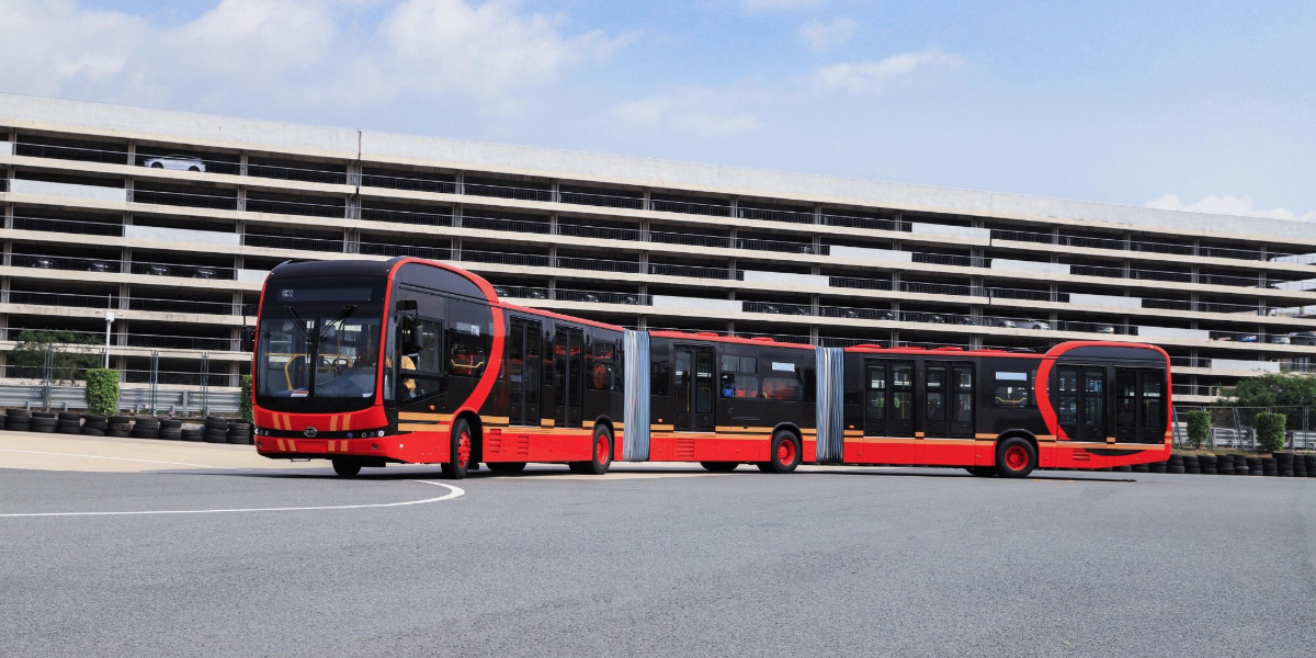 BYD presents XXL electric bus K12A