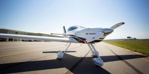bye-aereospace-eflyer2-elektro-flugzeug-electric-aircraft