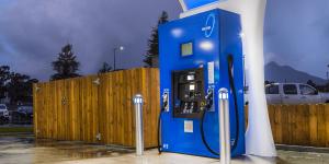 firstelement-fuel-true-zero-hydrogen-network-california-fuel-cell-station-wasserstoff-tankstelle-min
