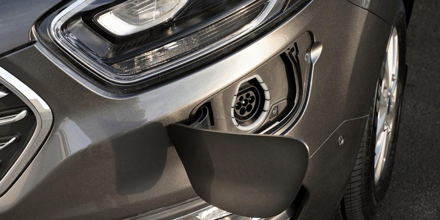 ford-tourneo-custom-phev-2019-01-min
