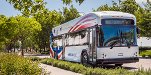 gillig-electric-bus-elektrobus-usa-2019-02-min