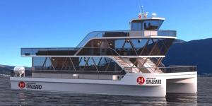 hurtigruten-svalbard-brim-explorer-katamaran-catamaran