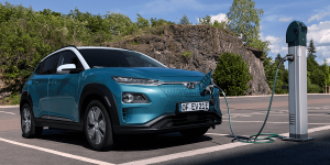 hyundai-kona-elektro-kona-electric-ladestation-charging-station