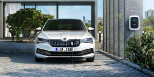 skoda-superb-iv-phev-2019