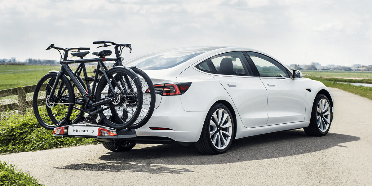 tesla model 3 hitch now available in europe. Black Bedroom Furniture Sets. Home Design Ideas