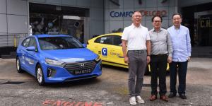 hyundai-ioniq-hybrid-singapore-singapur-ComfortDelgro-taxi-01