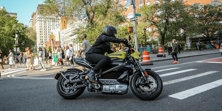 harley-davidson-livewire-elektro-motorrad-electric-motorcycle-2019-003-min