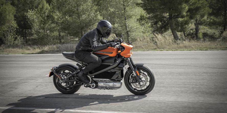 harley-davidson-livewire-elektro-motorrad-electric-motorcycle-2019-005-min