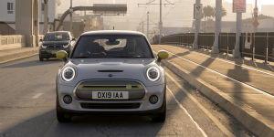 mini-electric-cooper-se-2019-08