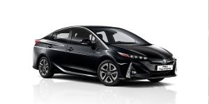 toyota-prius-plug-in-hybrid-2019-04-min